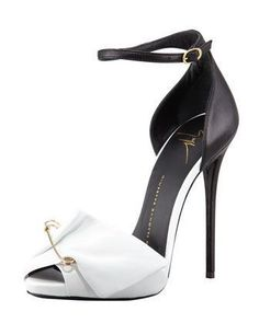 So dope - Giuseppe Zanotti Safety Pin Black/White Leather Sandals Cute Shoes, Me Too Shoes, Shoe Boots, Shoes Heels, Giuseppe Zanotti Heels, Giuseppe Zanotti Design, Zanotti Shoes, Fashion Heels, Net Fashion