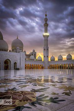 Eid Mubarak - Stormy Skies by julian john / (Abu Dhabi) Mekka Islam, Places Around The World, Around The Worlds, Dubai, Mosque Architecture, Beautiful Mosques, Islamic Wallpaper, Grand Mosque, Beautiful Places To Travel