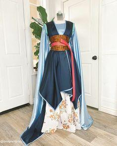 Robes Disney, Disney Princess Costumes, Disney Princess Dresses, Disney Dresses, Imperial Clothing, Pretty Dresses, Beautiful Dresses, Fantasy Gowns, Fairytale Dress