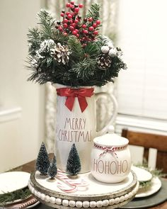 Decorating Your Kitchen for Christmas Farmhouse Christmas Decor, Christmas Kitchen, Country Christmas, Winter Christmas, All Things Christmas, Christmas Home, Christmas Crafts, Holiday Decor, Christmas Ideas