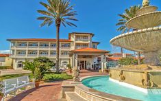 Located on a pristine beach in northeast Florida, the historic Ponte Vedra Inn & Club has offered a world of elevated oceanfront accommodations since opening in Luxury Beach Resorts, Beach Hotels, Florida Hotels, Florida Beaches, Ponte Vedra Inn And Club, Ponte Vedra Beach, Petersburg Florida, Jacksonville Florida, Luxury Accommodation