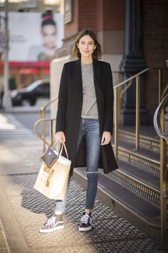 25 Cool Alexa Chung Outfits to Copy | Fall casual | Celebrity Street Style | @stylecaster (Sponsored)