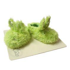 Leuke groene slofjes van het merk Happy Horse! Ze zijn ongeveer 10/11 cm en kosten maar € 6,50 inclusief verzendkosten. Leuk als kraamcadeau. #kraamcadeau #slofjes #happyhorse