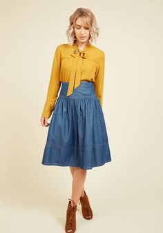 Bakery Browsing Denim Skirt. For your search for the best pastry in the city, what better company is there than this chambray skirt? #blue #modcloth