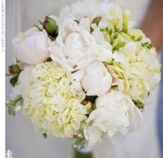 Laura & Tom: An Outdoor Wedding in Woodstock, MD Laura & Tom in Woodstock, MD - Pink & White Bridal Bouquet – The Knot