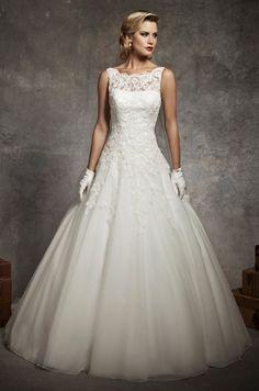 Ball Gown Lace Modest Wedding Dress (BL0003)