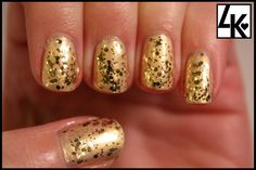 Mani Monday: Glitzy Gold nails perfect for New Years