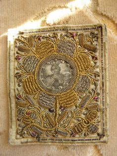 Antique Embrodered Catholic Scapular 1900 | eBay Cross Stitch Embroidery, Embroidery Books, Bead Sewing, Gold Work, Sacred Art, Embroidery Techniques, Religious Art, Needlework, Momento Mori