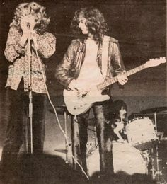 http://custard-pie.com/ Led Zeppelin Bootlegs: Photo