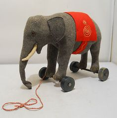 1920s felt steiff elephant...love this but i would never spend that much money for it
