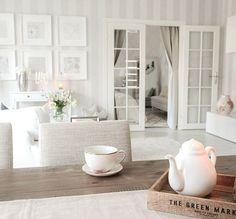 Instagram media by pellavaa_ja_pastellia - Good morning Hyvää huomenta!  Meillä meni viime yö paremmin kuin pitkään aikaan. Nyt kuppi lämmintä teetä ja päivän kotiaskareisiin #home #koti #aamu #morning #kitchen