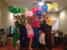 63 Ideas For Party Themes College Halloween Costumes Group Halloween Costumes For Adults, Creative Halloween Costumes, Group Costumes, Mario Party Costume, Super Mario Costumes, Yoshi Halloween, Halloween Party, Halloween College, Super Mario Kostüm