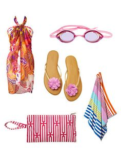 Check out 8 must-have #beach accessories under $35! #fashion