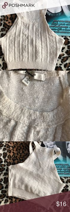 Knit crop top Small nwt cream colored knit top Tops Crop Tops