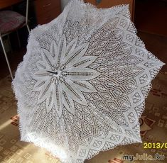 (Available pattern) Russian. Uses shawl pattern for umbrella. Diy Crochet Patterns, Crochet Symbols, Crochet Fabric, Lace Patterns, Thread Crochet, Lace Knitting, Crochet Motif, Knitting Stitches, Crochet Projects