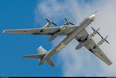 "toocatsoriginals: ""Russian Air Force Tupolev Tu-95MS ""Bear-H"" Photo: Vladimir Petrov via Russian Planes """