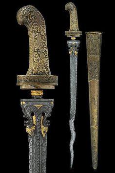 Pedang Sword Dated: 19th century Provenance: Java (Giava) Medium: steel, brass, wood, gold