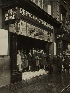 """Dublin History ~ The Grafton Picture House Old Pictures, Old Photos, Ireland Pictures, Dublin Ireland, Ireland Travel, Grafton Street, City Roller, Ireland Homes, Dublin City"