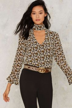 Shoshanna Cut-Out Choker Floral Blouse | Shop Clothes at Nasty Gal!