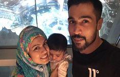 فاسٹ باؤلر محمد عامر اور اہلیہ نے عمرہ ادا کرلیا تصاویر وائرل