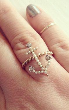 ring - antique anchor