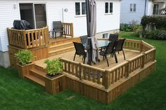 20 Insanely Cool Multi Level Deck Ideas For Your Home! 2019 Best Multi Level Deck Design Ideas For Your Home! The post 20 Insanely Cool Multi Level Deck Ideas For Your Home! 2019 appeared first on Deck ideas. Backyard Patio Designs, Backyard Landscaping, Patio Plan, Tiered Deck, Diy Deck, House With Porch, Decks And Porches, Building A Deck, Art Furniture