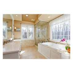 bathroom ❤ liked on Polyvore featuring house, bathroom, home, rooms and casa