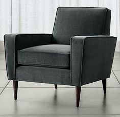 Whether referencing retro or playing it modern, eye-catching Torino adds flair to the casual family room. Rooted in the straightforward confidence of mid-century design, the chair's tailored lines showcase the indulgent softness of its durable cotton-blend velvet upholstery.