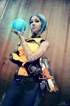 Character: Maya the Siren / From: 2K Games & Gearbox Software's 'Borderlands 2' / Cosplayer: Mary Luck / Photography: itsL0KI