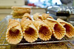 Homemade Holidays: Pizzelle Cannoli Shells.