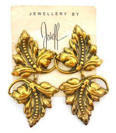 Joseff Of Hollywood Leaves Pendant Earrings Vintage Costume Jewelry, Vintage Costumes, Vintage Jewelry, Hollywood Jewelry, Old Hollywood, Leaf Pendant, Pendant Earrings, Famous Jewelry Designers, Star Show