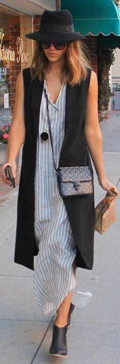 Jessica Alba: Necklace – Capwell + Co  Vest – Vest – RO & DE  Hat – Maison Michel  Purse – Alaia