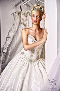 Wedding dress Hollywood Dreams   Artistic Wedding Photographer London #weddingdress #luxury #bride #weddingideas #thebestweddingphotographer #londonweddingphotographer #topweddingphotographerUK