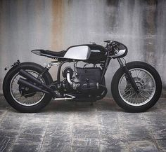 The BizarroR - 1977 BMW R75 Cafe racer build by looking mighty clean. Big fan of that front faring. #bmwr75 #r75 #maverickmotorcycles…