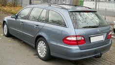 Pre-facelift E 280 wagon (Europe) Mercedes-Benz S211 station wagon rear