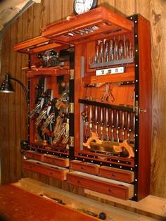 10 Amazing Tool Storage Cabinets WoodworkerZ.com