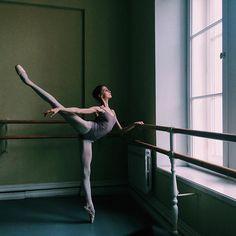 World Theatre Day ____________________________________ #spb #saintpetersburg #theatre #worldtheatreday #dayoff #27march2016 #march #spring #vba #vaganova #vaganovaphoto #vaganovaballet #vaganovaballetacademy #mood #thoughts #hopeful #believer #dance #dancer #ballet