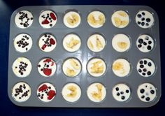 Yummy pancake muffins with a variety of fruit!  Be sure to see bottom of article for the GREEK YOGURT version!  Nom.  I might add sausage, and toasted chopped nuts for additional protein.