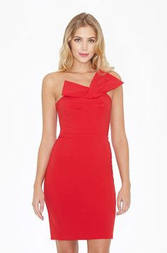 PARKER- Giulianna Dress A dramatic bow tops off this lovely, flattering-on-all strapless silhouette. Model is a size Height is and a half. Parker Ny, Bow Tops, Latest Dress, Formal Dresses, Skirts, Model, How To Wear, Collection, Things To Sell