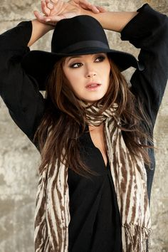 Leah Remini...Love her! awesome style
