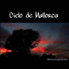Rojo a tope el de este atardecer en Palma de #Mallorca  #Primavera2016 - 30 de Marzo #Fotografía por Héctor Falagán De Cabo  #cielo #atardecer #nubes #mallorcafoto #palmademallorca  #estaes_Mallorca #estaes_Baleares  #estaes_España #estaes_Espania #estaes_universal #Espana_es_sueno #IgersMallorca #IgersBaleares #igersespaña #Loves_Mallorca #Loves_Baleares #Loves_Balears #Loves_España #MallorcaSensations #MallorcaFeelings #MallorcaIsland #Mallorc2016 #MallorcaFotografica #Mallorcatestim…