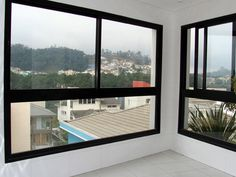 Modern Windows, Black Windows, Windows And Doors, House Window Design, Minimalist Window, Black Window Frames, Terrace Decor, Glass Door, Window Glass