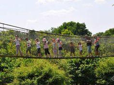 Visite du Parc planète sauvage en famille.  Avec pleins d'animaux à découvrir pour le plus grand plaisir de vos enfants.