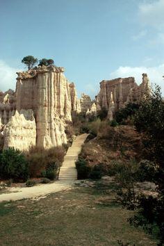 Orgues d'Ile-sur-Têt, Pyrénées-Orientales, Languedoc-Roussillon, France. very magical place, truly.