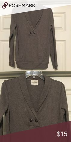 Brown pullover sweater Brown sweater with pockets on front and band at waist. Very soft!! 95% cotton/5% spandex. Like new!! Banana Republic Sweaters