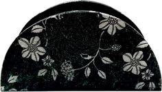Porta guardanapo mdf com decoupage tema floral, envernizado com ótimo acabamento . <br>Um ótimo presente para qualquer ocasião ou para deixar sua casa ainda mais bonita.