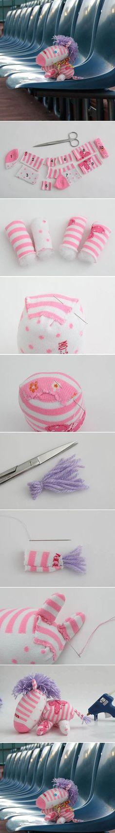 10 DIY Little Sock Zebra DIY Projects c12b | DIY