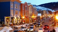 Main St in nPArk City is a very popular toiurist spot because of it's location to some of the best skiing in the world and the quaint shops that dot the street.