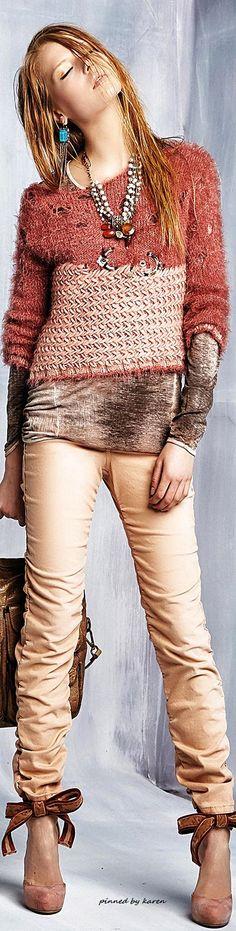 Daniela  Dallavalle mixed media sweater top knit Umgee-Lace-Neckline-Shift-Dress-Crochet-Multicolored-Striped-Burgandy-A1026 #Unique_Boho_Style