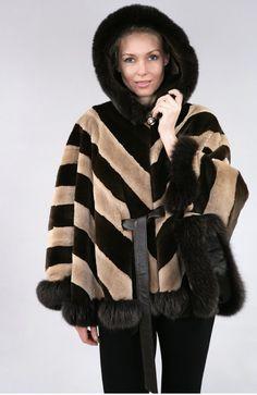 fur capes for women > canadian fur mink-fox >fur with hood Vison, Capes For Women, Mink, Parka, Fur Coat, Jackets, Collection, Fashion, Cowls